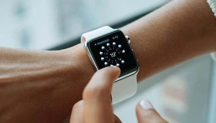 Mentenanța unui smartwatch
